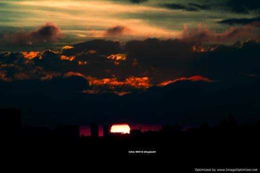 ichio-480516-unsplash RED SUNSET OVER OVER