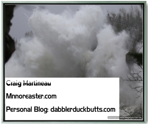 A Massive wave - Noreaster at Duluth MN Oct 2019 Image Max